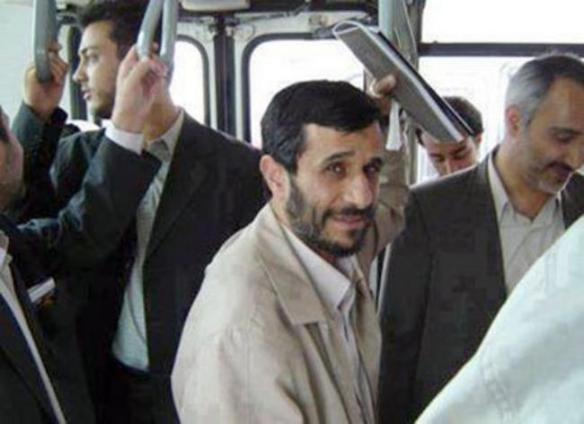 Mahmoud-Ahmadinejad-bus